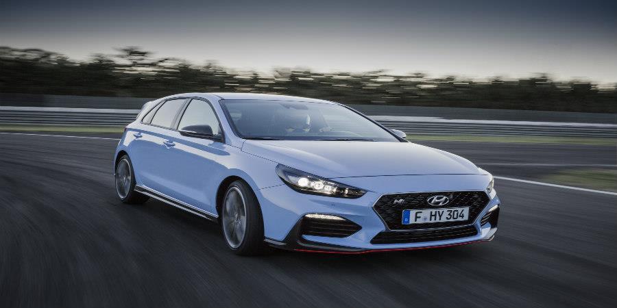 """Το Hyundai i30 N η προτίμηση των αναγνωστών στα """"Auto Bild Sportscars of  the Year""""! 26b5b490428"""