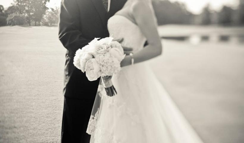 Κανονισμένο γάμο vs